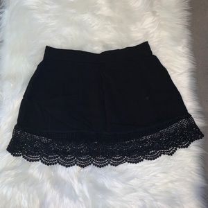 Fulltilt black casual skirt!